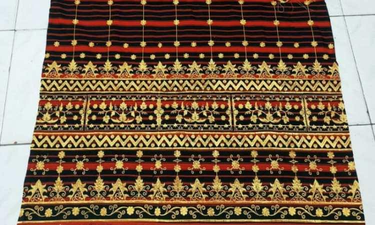 Batik Khas Malaysia