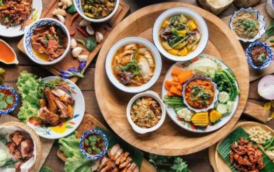 15 Makanan Khas Thailand yang Terkenal & Wajib Dicoba