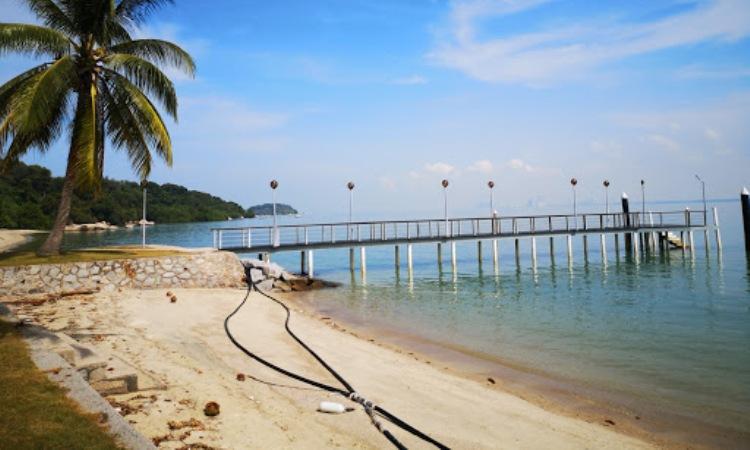 Pantai Pulau Besar