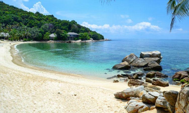 Pantai Pulau Tengah