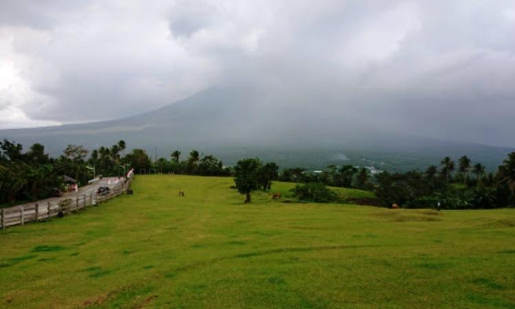 Quitunan Hill